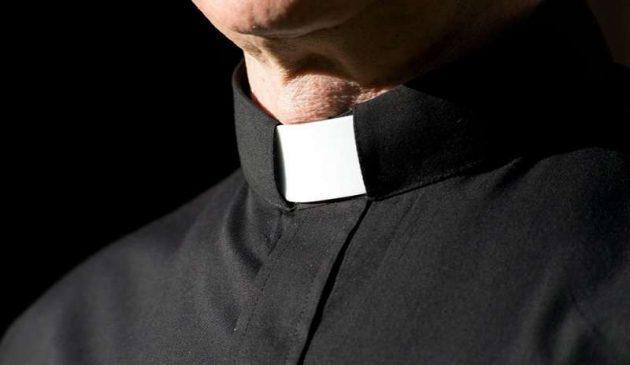 violenza sessuale - sacerdote