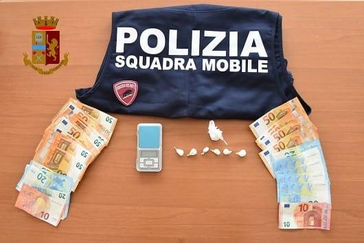 droga - ragusa - arrestato spacciatore