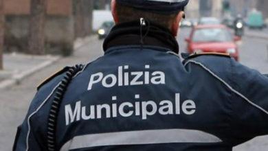 ragusa - agenti - polizia municipale